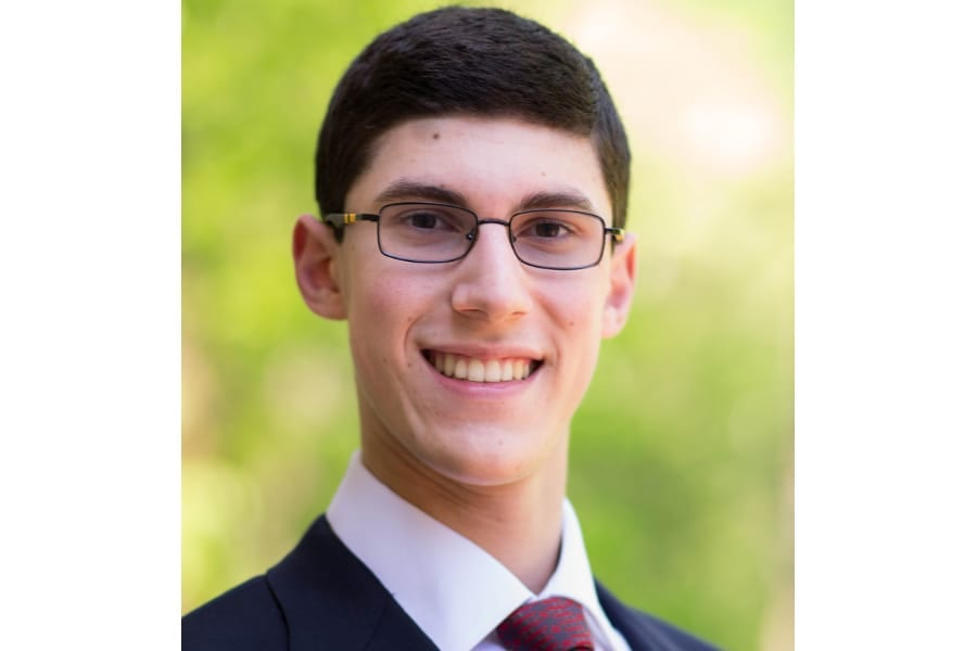 JHU Student Solomon Polansky Publishes on Currency Pegs