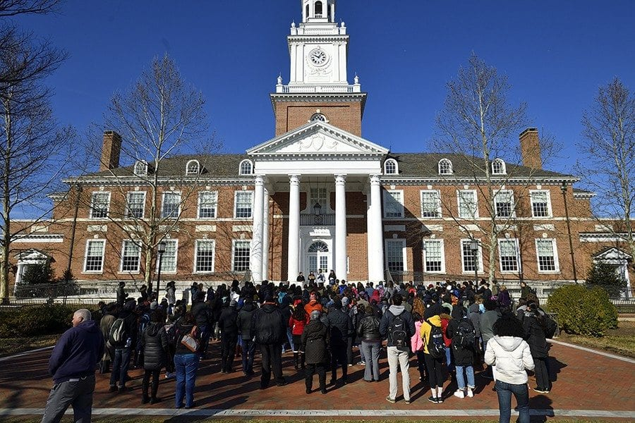 International Studies Students Coordinate Walk-Out to Protest Gun Violence