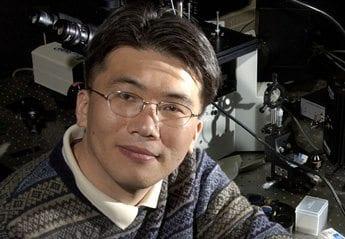 Bloomberg Distinguished Professor Taekjip Ha to present at colloquium series