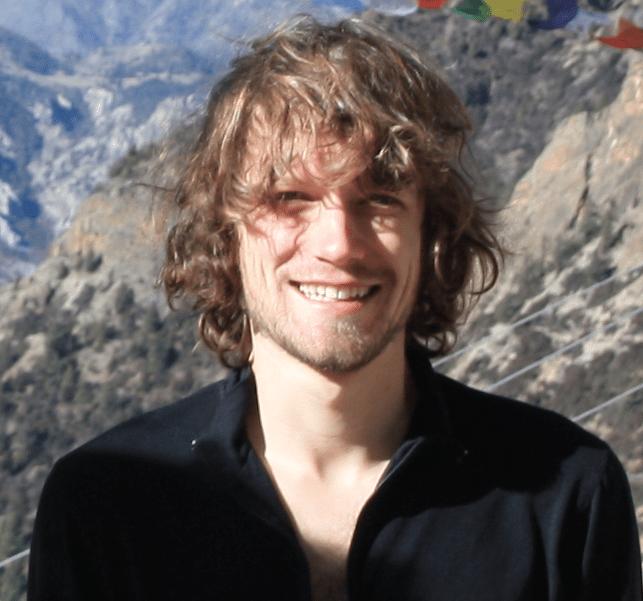 David Jones Receives NASA Einstein Fellowship