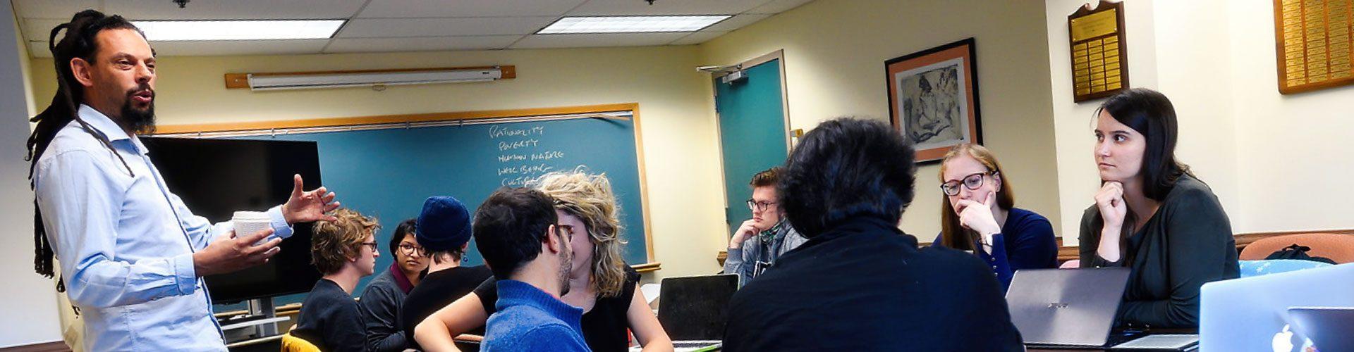 Professor Robbie Shilliam teaching graduate seminar