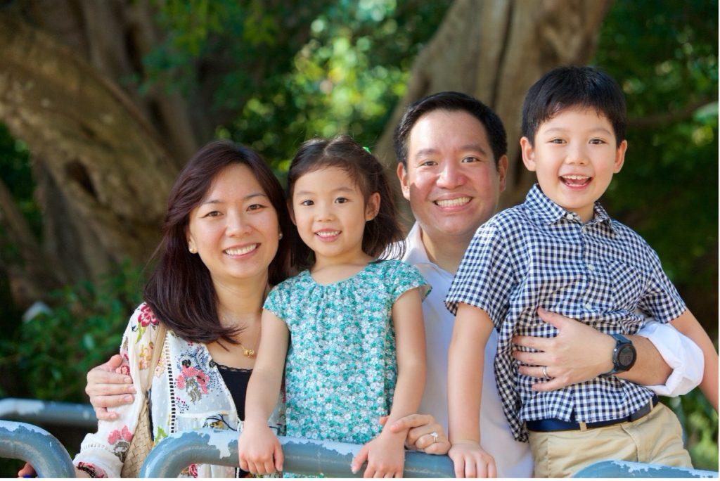 Shiu/Liu family with two kids