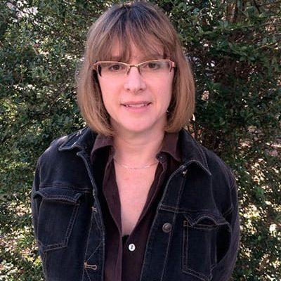 Joanne Cavanaugh Simpson Receives Arts Innovation Grant, Launches Francis Bacon Fellowship Program for Undergraduate Science Essayists